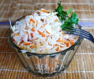 Самый быстрый рецепт маринованной капусты - всего за 2 часа