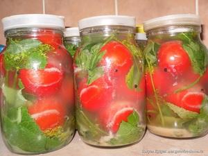 Квашеные помидоры с горчицей - пряные заготовки