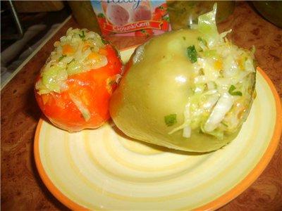 Перец фаршированный овощами на зиму с капустой