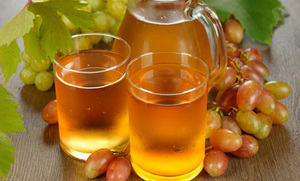 Полезный виноградный сок