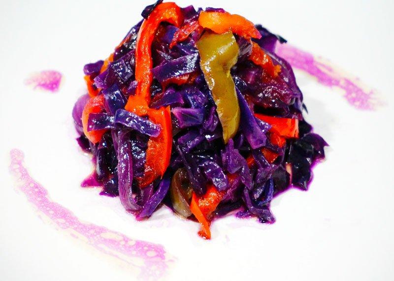 что можно сделать с фиолетовой капустой