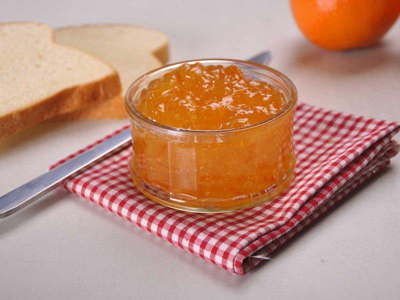 Апельсиновый джем с корицей и ванильным сахаром