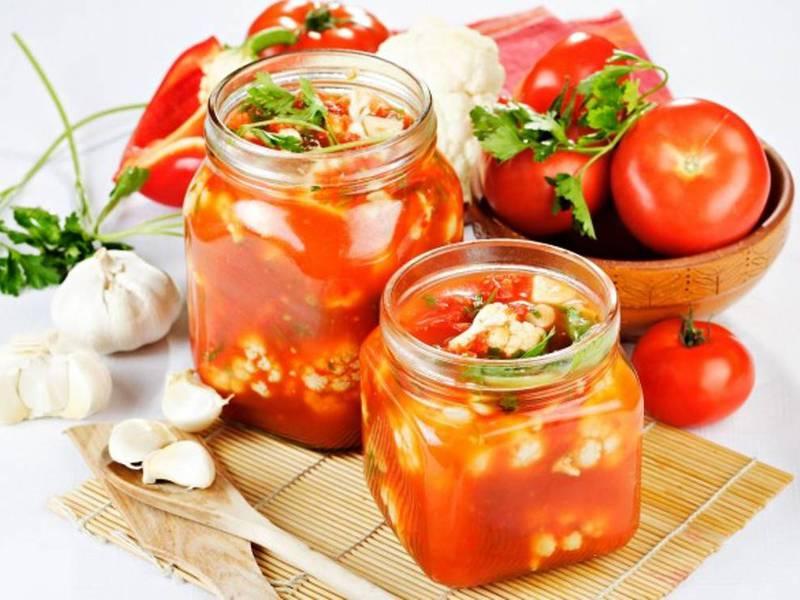 Салат на зиму с помидорами капустой на зимуы